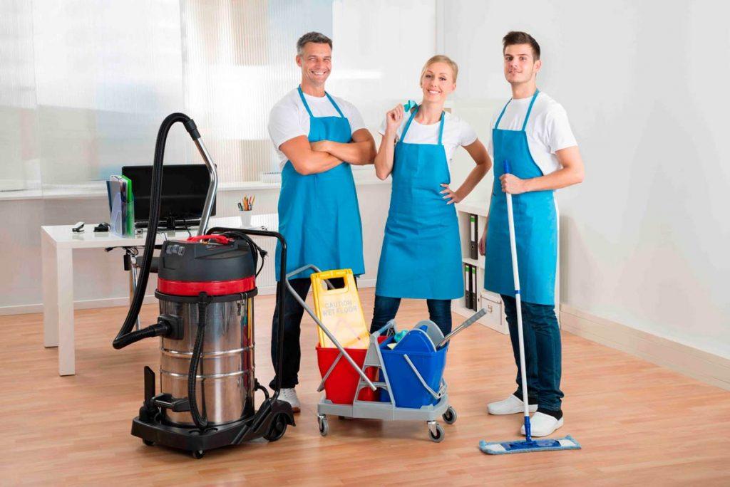 Limpiadores de oficinas profesionales