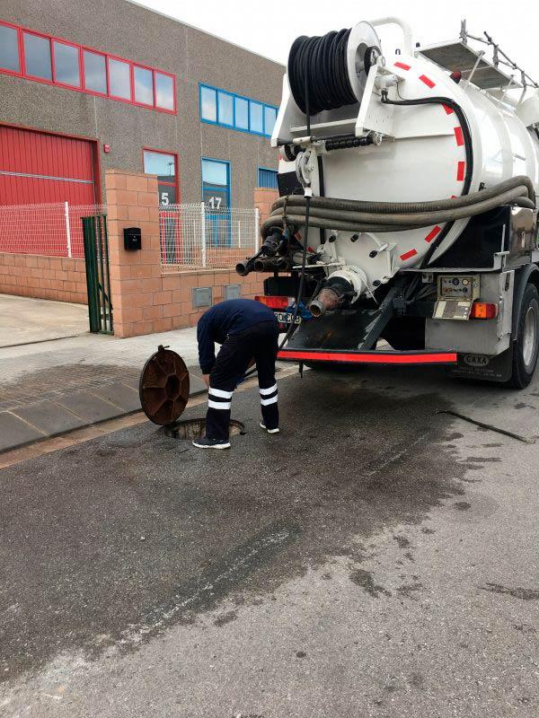Limpiezas industriales de exterior: el corte inglés